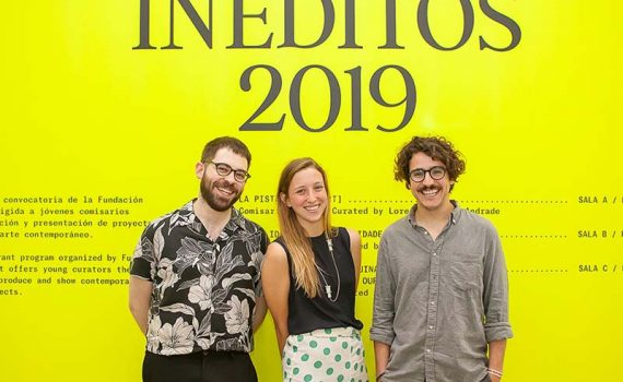 Imagen ganadores Inéditos 2019. De izq. a dcha. Sergi Álvarez, Inés Muñozcano y Lorenzo García-Andrade